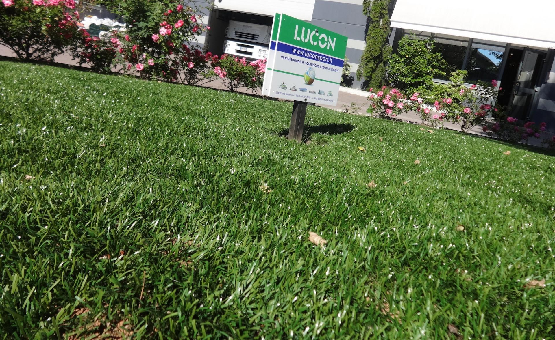 Dettaglio erba sintetica Lucon